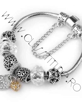Bratara tip Pandora cu Charm Inimioara marime M Argintiu